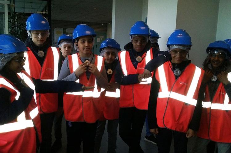 Les élèves de 5ème A visitent la déchetterie de St Ouen L'Aumône