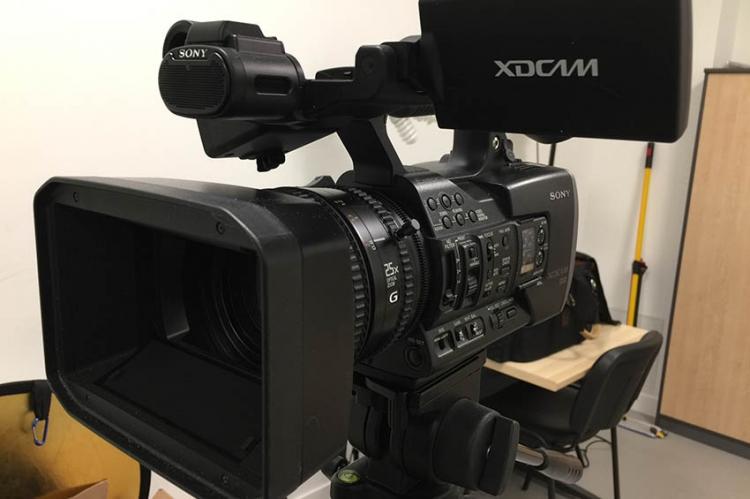 La nouvelle caméra du Club Vidéo est arrivée...
